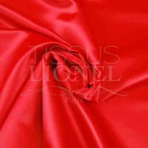 satin duchesse rouge