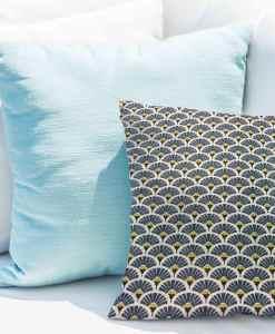 Tissu coton motif imprimé Paon bleu clair et or coussin