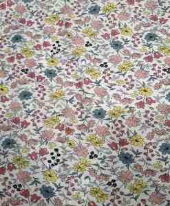 Tissu toucher de soie motif florales 1