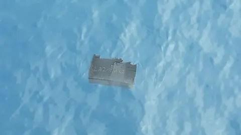 Resultado de imagen para ¡Alerta! Hallan restos humanos flotando en zona donde desapareció avión chileno