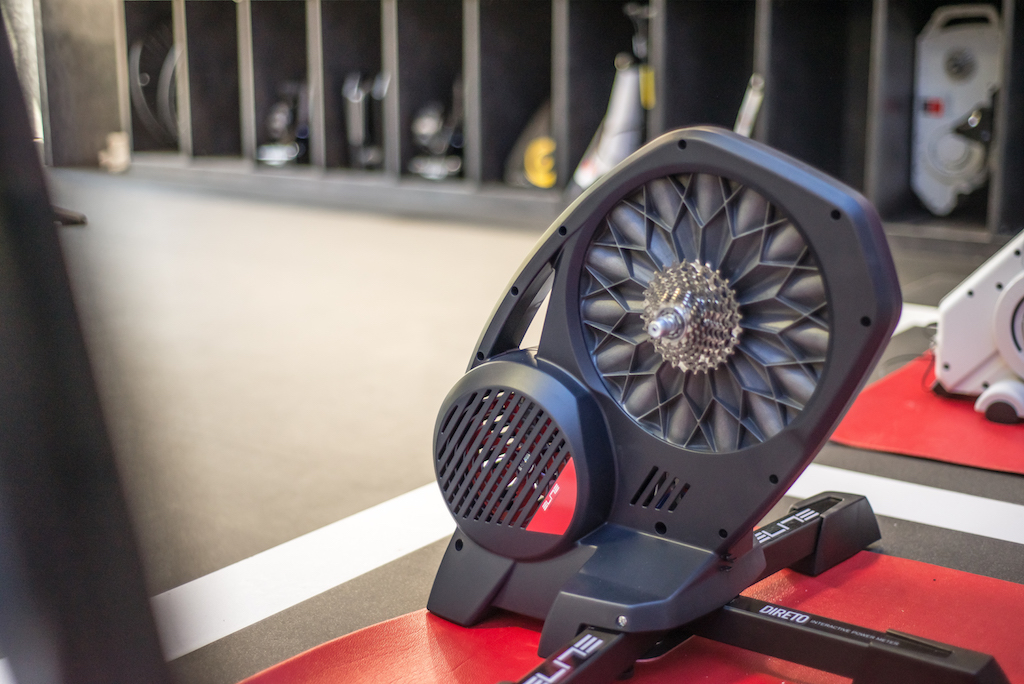TitaniumGeek Elite Visit 1 of 1 20 Elite Direto Smart Trainer Review | Zwift Gear Test Cycling Gear Reviews Smart Trainers Zwift  Zwift Gear Test Zwift Turbo Trainer power meter elite direto cycling   Image of Elite Visit 1 of 1 20