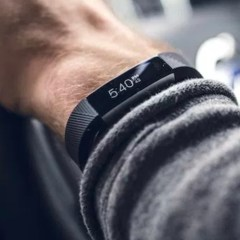 Fitbit Alta HR Review – Fitbit's Fire and Forget Activity Tracker