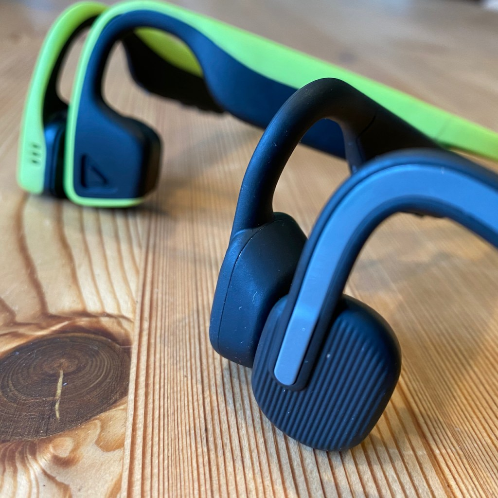 TitaniumGeek IMG 1111 Aftershokz Openmove Review |The Value Sweat Spot for Bone Conduction Headphones? Audio Gear Reviews Running    Image of IMG 1111