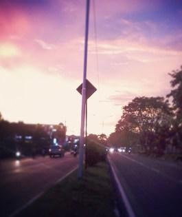 senja di jalan lingkar selatan, bandung, 2014