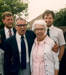 Eric Norman Titheradge (b1921 d2000) and sister Gladys Sach (nee Titheradge) (b1913 d2003) with Bob's sons Robert Edward (b1947 d1993) and Mike. Taken in 1986