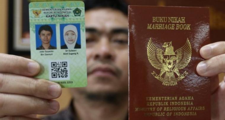 Pengantin Baru Di Cilegon Sudah Memiliki Kartu Nikah