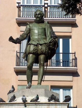 monumento-a-miguel-de-cervantes
