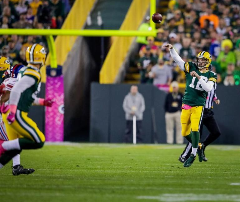 why-the-fuck-is-aaron-rodgers-jumping-while-he-throws