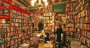 bookstore--Shakespeare and Co