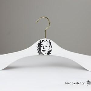 Bild Unikat Kleiderbügel bemalt