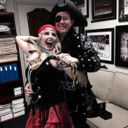 Bill Belichick and girlfriend as pirates