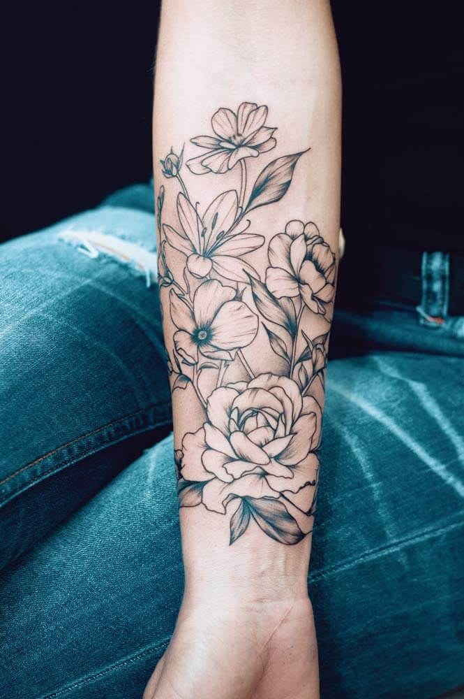 tattoo-fleur-manchette