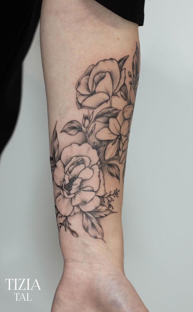 tattoo-fleur-bordeaux