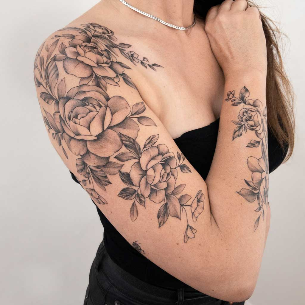 tatouage-manchette-fleur-france
