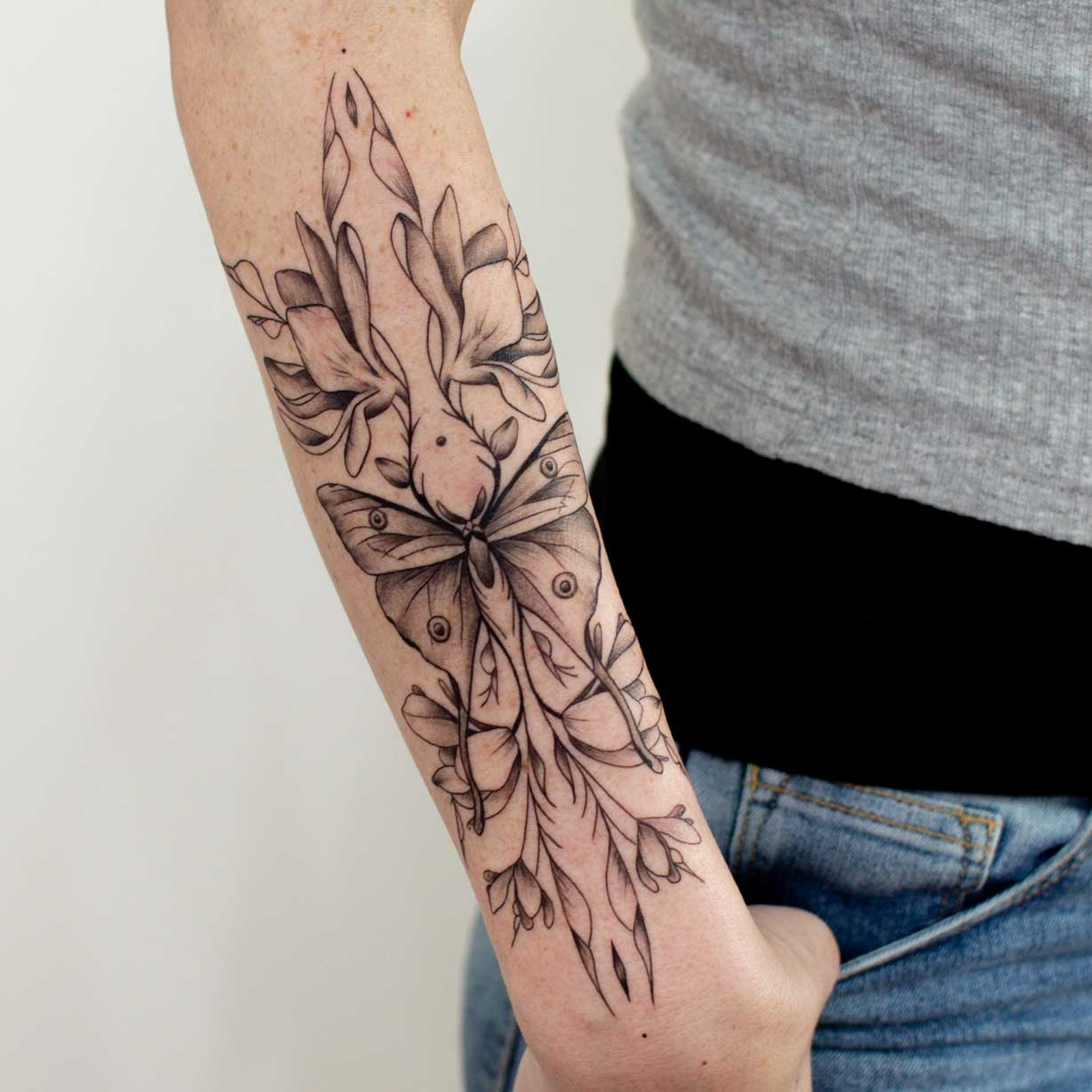 tatouage-femme-avant-bras