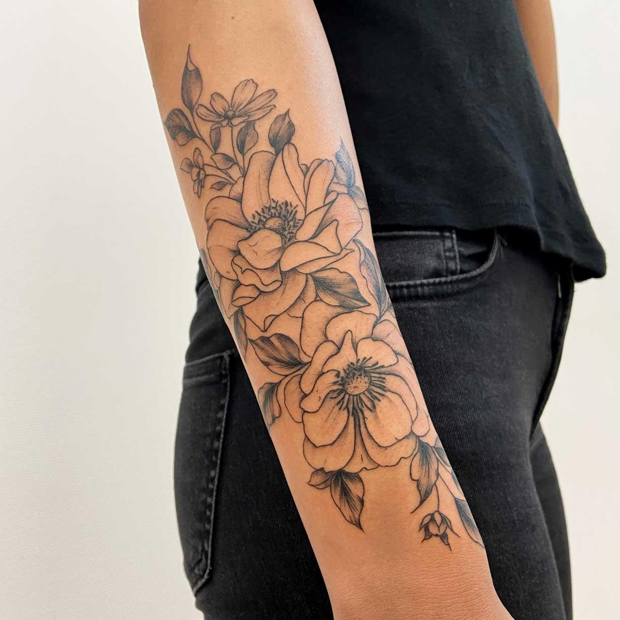 manchette-fleur-femme-fin-france
