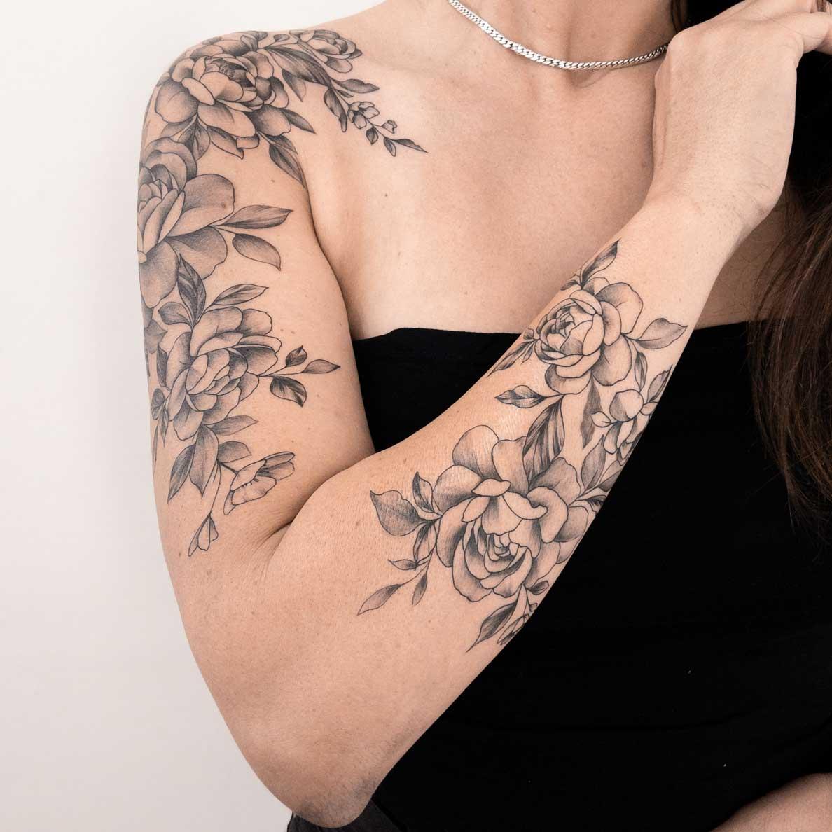 Tatoueuse-fleur-fin-toulouse