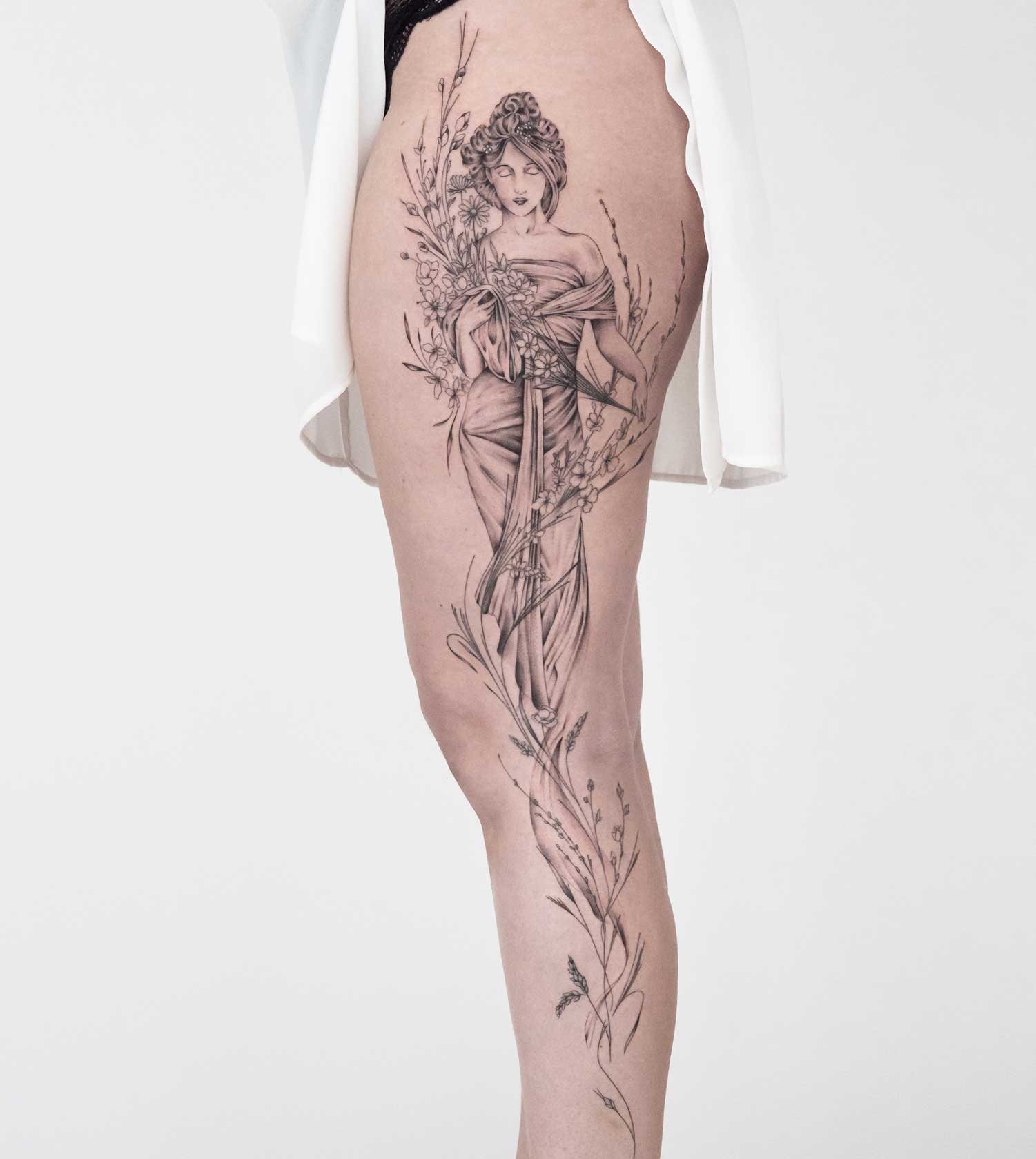 tatouage-fleur-mucha-toulouse