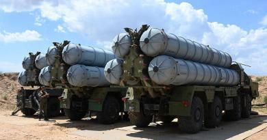 Русия дар Тоҷикистон системаи мушакҳои ҳавоиро ҷойгир намуд