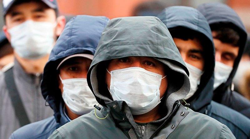 Русия: садҳо муҳоҷирони меҳнатӣ бо COVID-19 сироят ёфтаанд