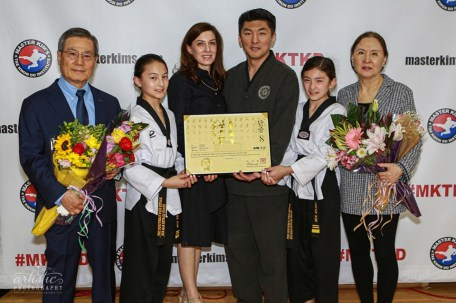 Grandmaster Sung C. Kim (c) with his family