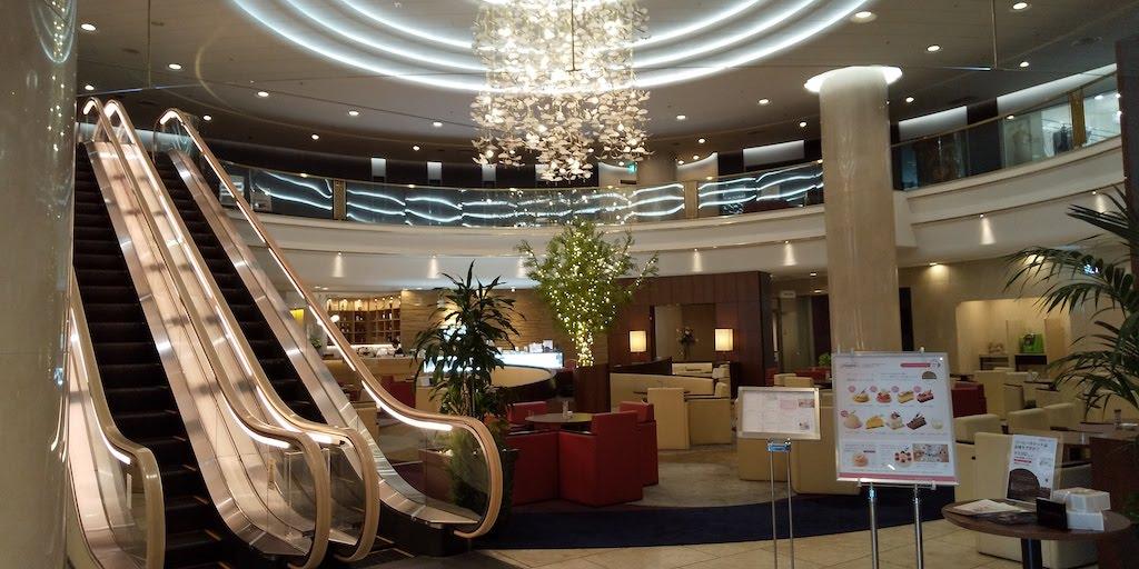 ホテル日航姫路のロビー
