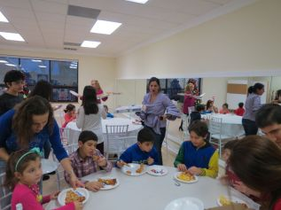 2017_Christmas_Party_028