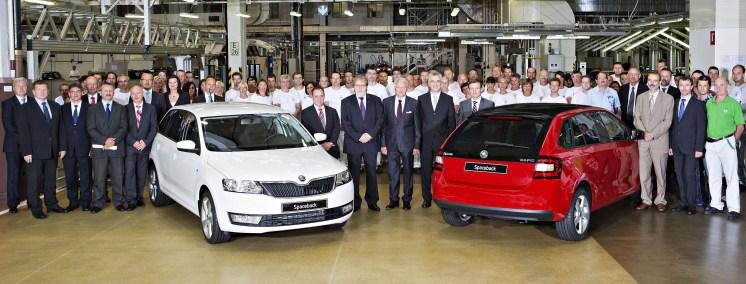 ŠKODA odštartovala výrobu prvého hatchbacku značky v dôležitom segmente vozidiel nižšej strednej triedy. V hlavnom výrobnom závode spoločnosti ŠKODA v Mladej Boleslavi schádza z linky nový model ŠKODA Rapid Spaceback.