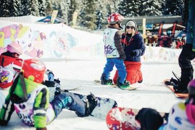 Sony Xperia Snowboard: Akadémia Yong Stars s Bašou Števulovou