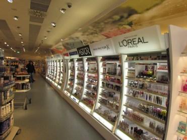 V prestavaných dm predajniach je zavedené nové druhotné umiestnenie, tzv. Paletová ulička, a to na predajniach s nadpriemerne veľkou predajnou plochou a dostatočným dispozičným priestorom.
