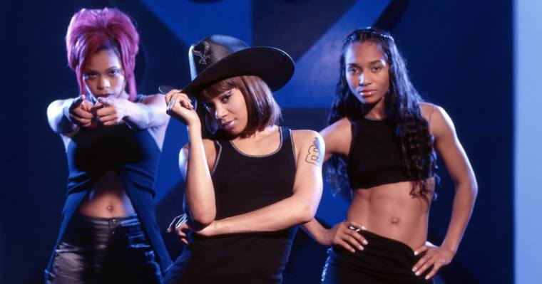 flashback-tlcs-lisa-left-eye-lopes-brings-no-scrubs-rap-to-leno