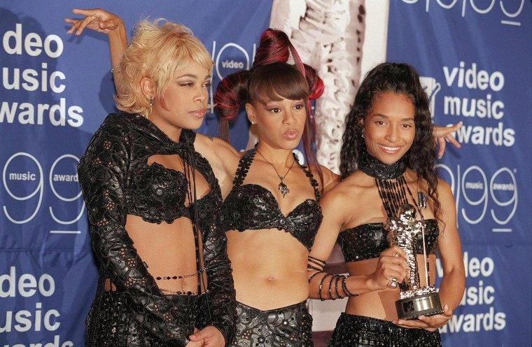 TLC-MTV-Music-Awards-1999
