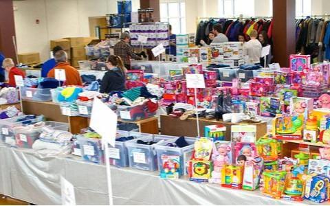 MLM Christmas Store Volunteers Needed