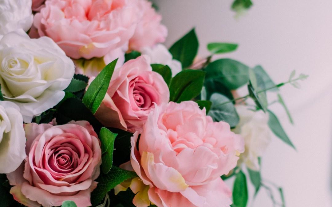 Altar Flowers – July 4