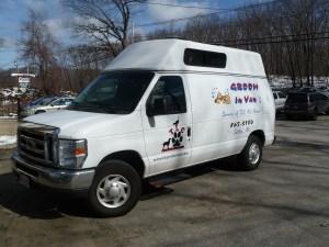 Mobile Groom-in-Vans