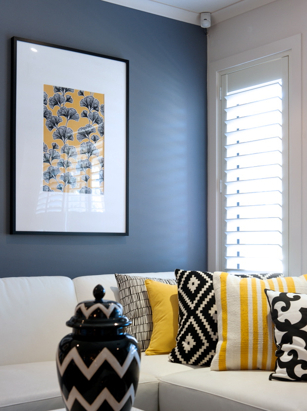a look at cathy elsmore's black yellow and white living