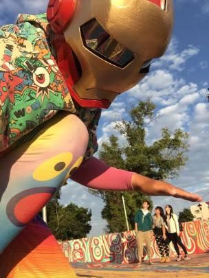 rainbow selfie