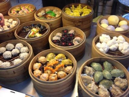Shuǐjiǎo-fengjia-night-market