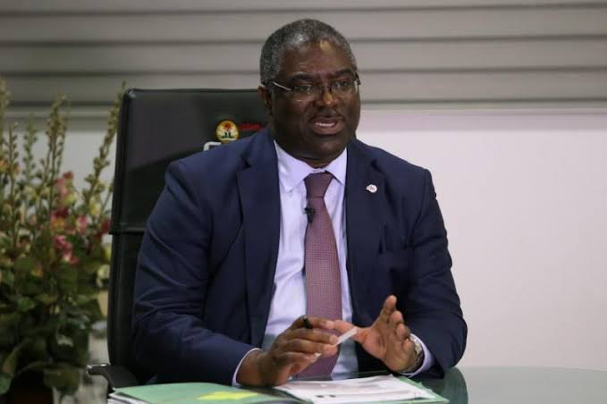 Former FIRS Chairman, Tunde Fowler, In EFCC's Custody Over Alleged Fraud