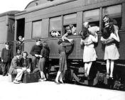 saying-goodbye-on-the-train