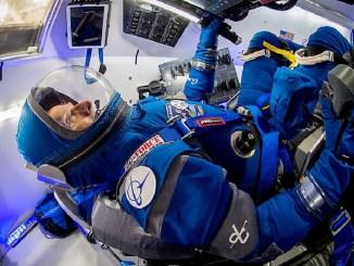 Компанія Boeing представляє легкий космічний скафандр наступного покоління