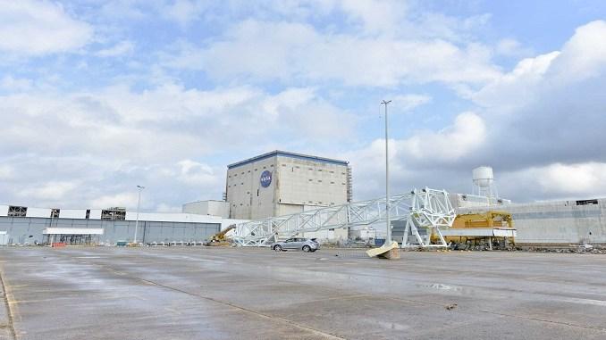 Торнадо пошкодив складальний комплекс NASA