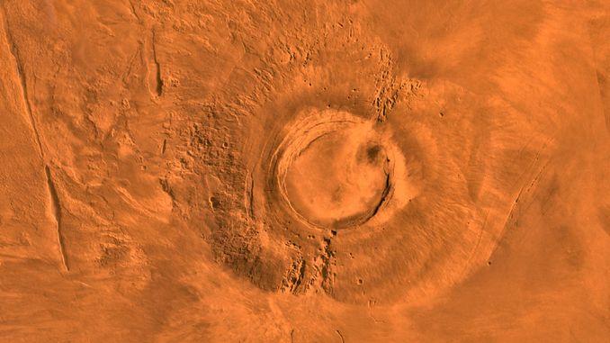 Вчені встановили час активності марсіанського вулкана