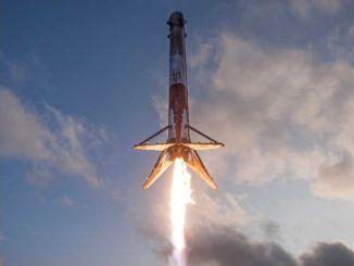ступені Falcon 9
