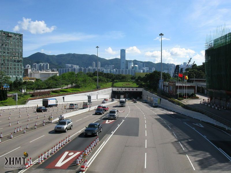 """Eastern Harbour Tunnel"" 由 Baycrest"