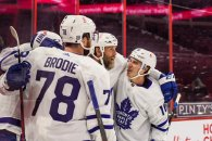 Thornton scores in Maple Leafs' win