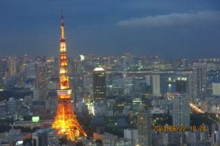 18:24的六本木之丘看東京鐵塔夜景