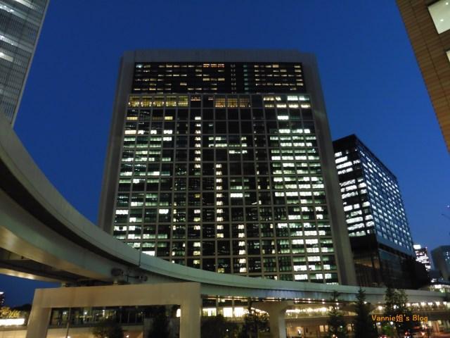 Tokyo Night View_Shiodome_Skyscrapers_1