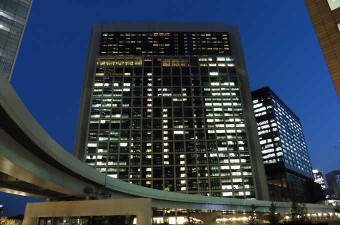 中年失業危機 ~日本上班族45歲的「被自願」提早退職
