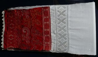 Towel, late 19th-early 20th century. Verkhovazhie, Vologda region, Russia. Private Collection of Susan Johnson. See item description for specific details.